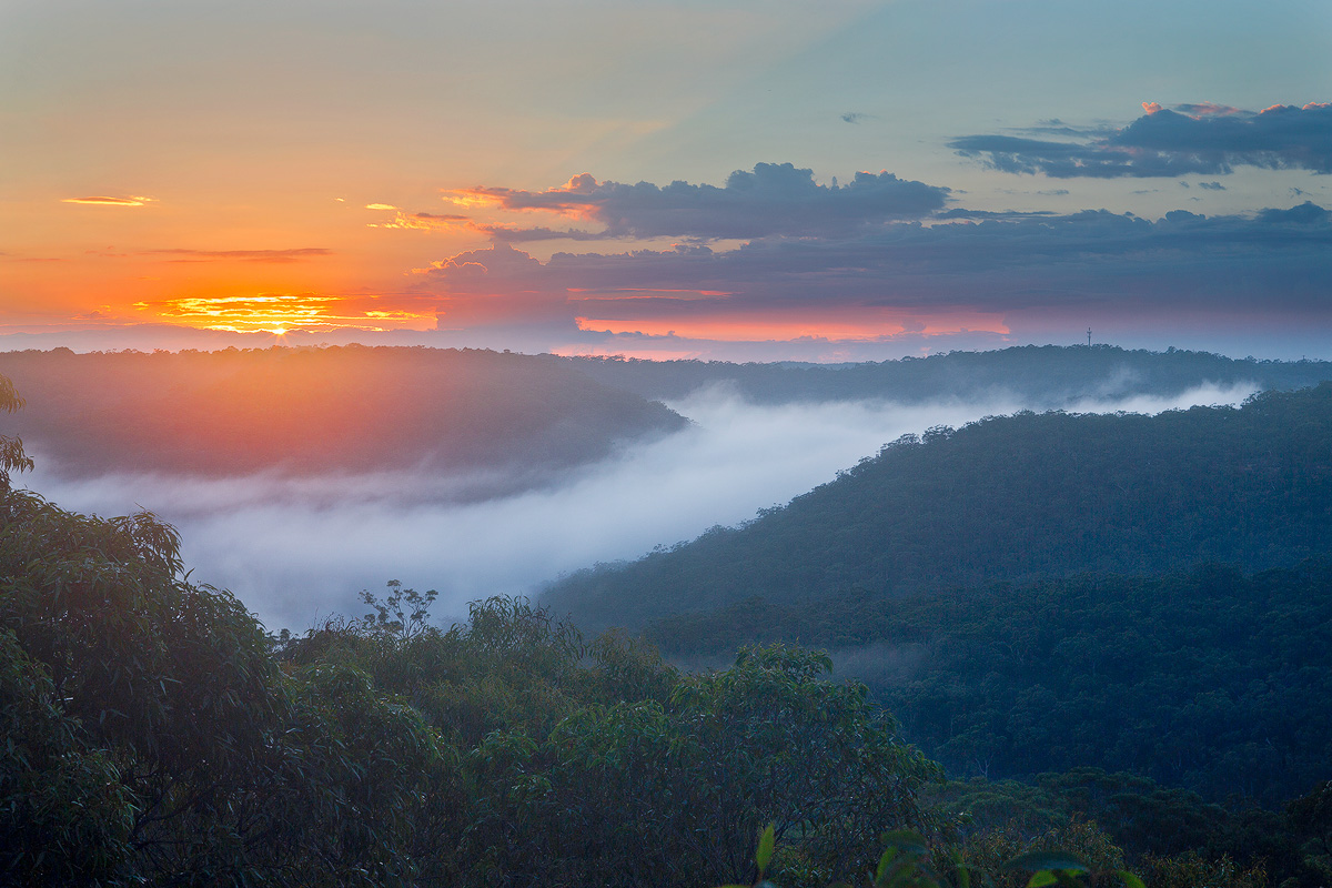 Sunrise and Valley Clouds | Andrew Barnes Photography